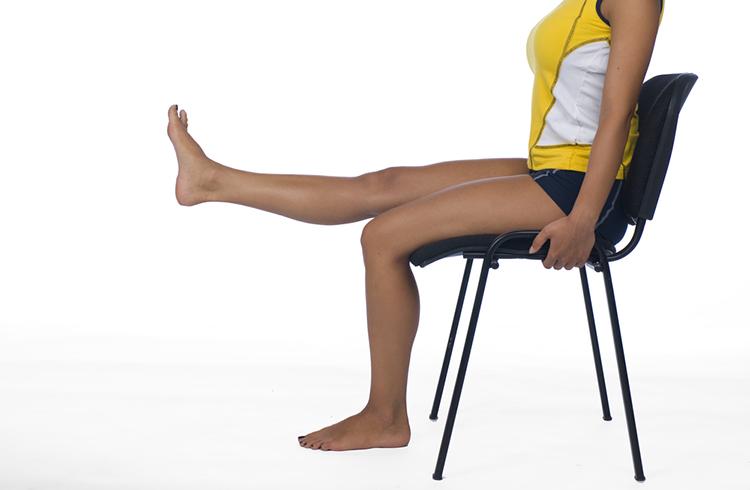 ejercicio-silla-pierna